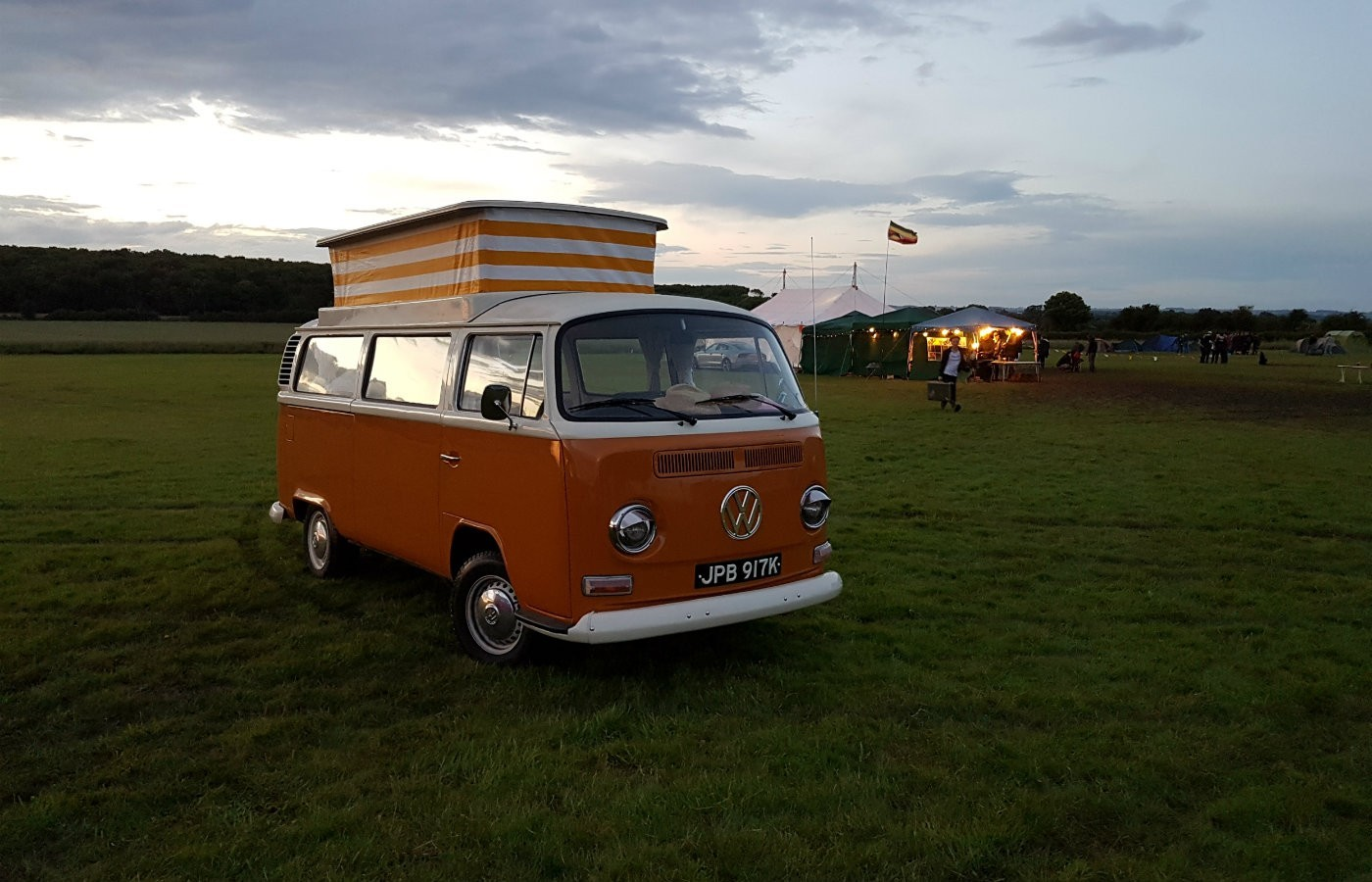 vw campervan betty at dusk
