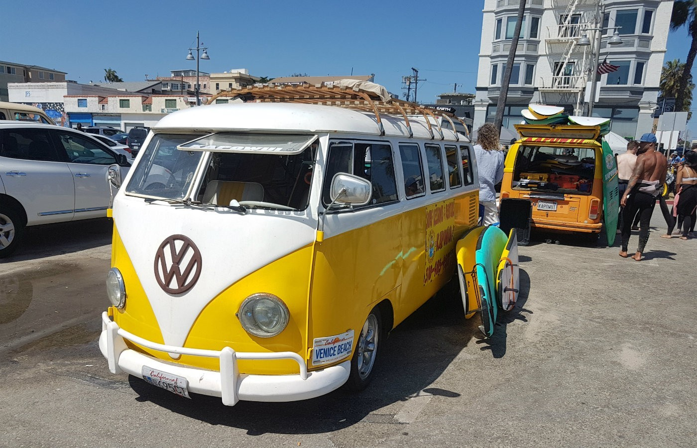 yellow vw splitty