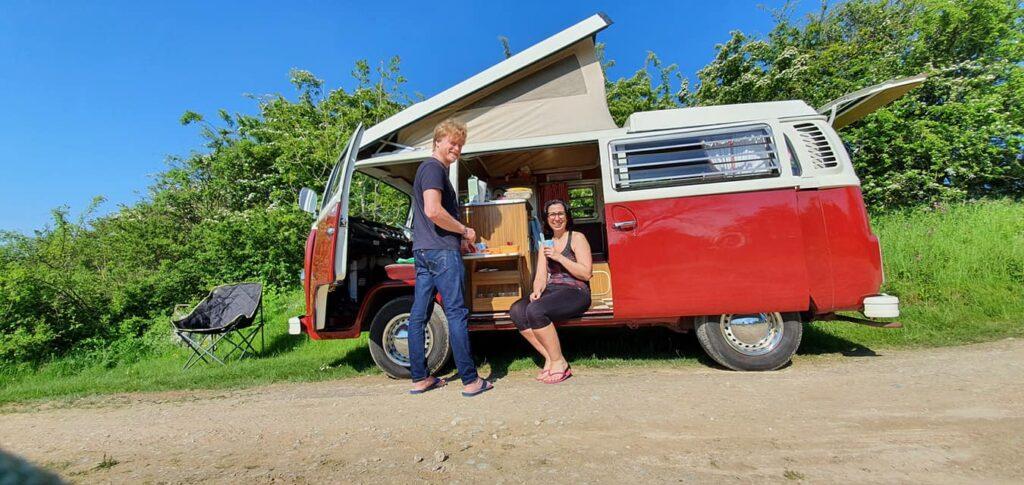 Rita and Damo experience roadside camping